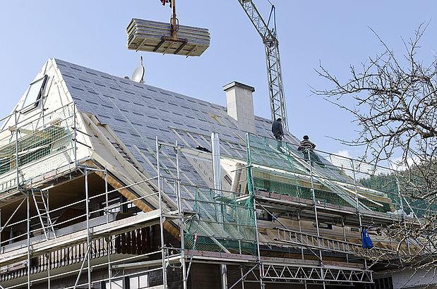 Ob Nun Anorganische Dämmstoffe, Geschäumte Kunststoffe Oder  Naturdämmstoffe, Wir Finden Für Ihr Dach Das Geeignete Material Rund Um Die  Wärmedämmung.